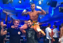 Nepo logra el título unificado de WKF-GBF